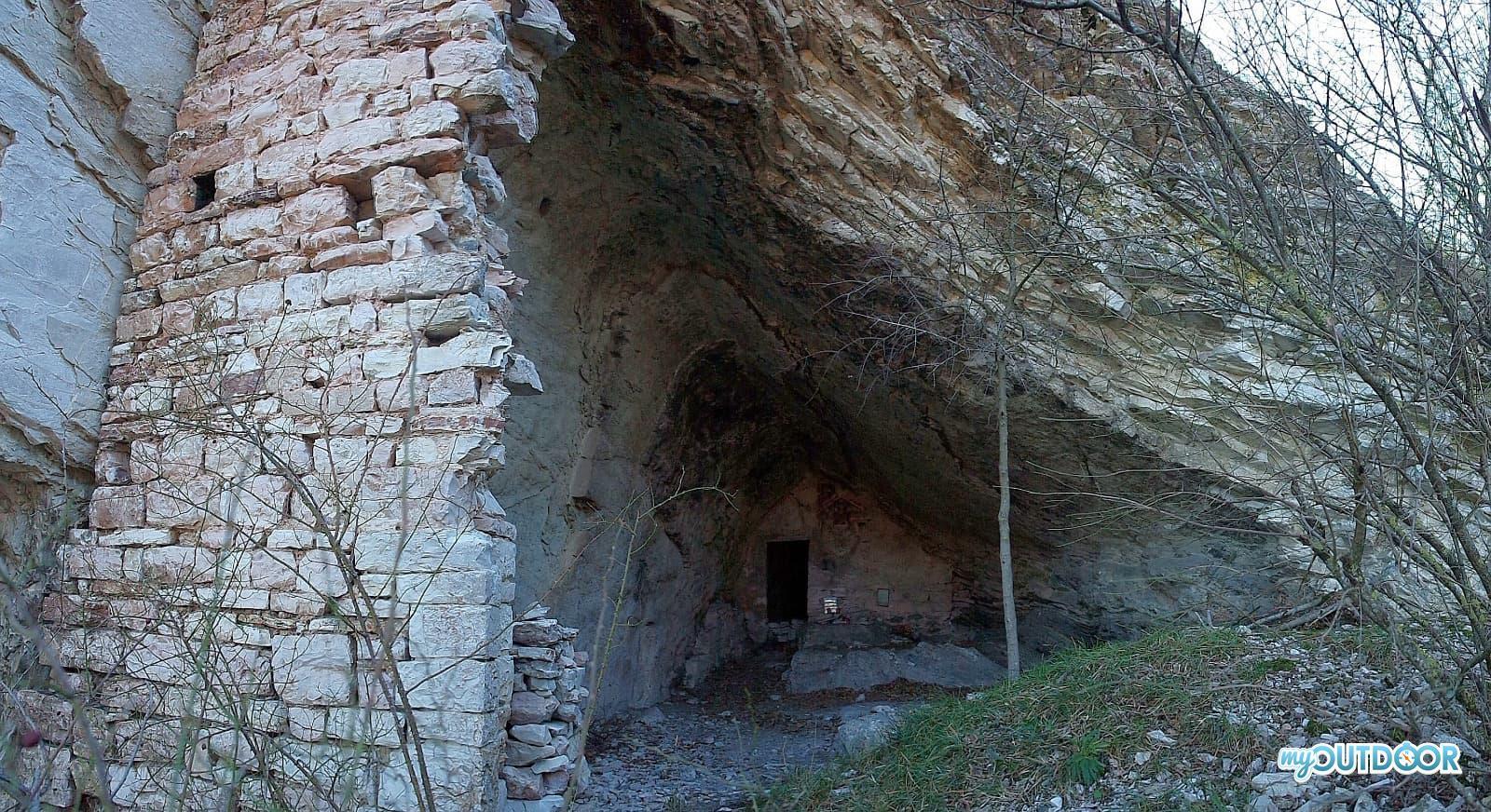 Grotta di Santa Lucia