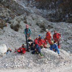 La cava di Levigliani, aspettando di entrare nel Corchia