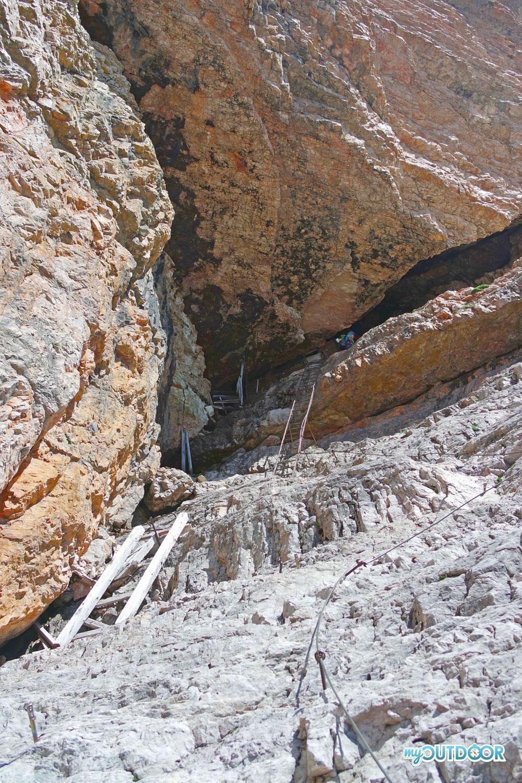 Accesso alla galleria di mina del Castelletto