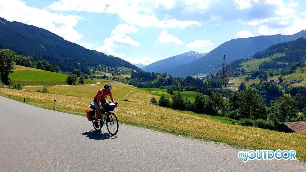 Michele sui saliscendi in Tirolo