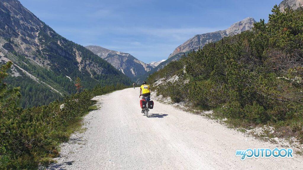 Verso Passo Cimabanche