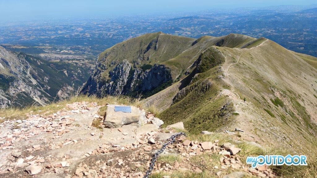 Vista dalla cima sulla cresta